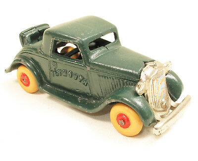 1935 Arcade PLYMOUTH Coupe Cast Iron Toy Car