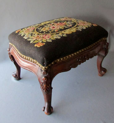 Vintage HAND CARVED WOOD French Style NEEDLEPOINT FOOTSTOOL