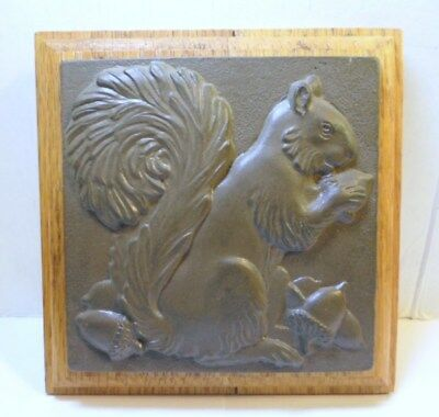 "SQUIRREL With ACORNS WALL PLAQUE Resin on OAK 5-1/2"" Square Bushy Tailed Rodent"