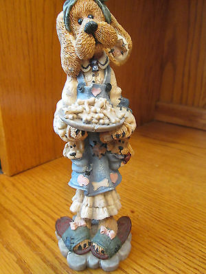 """Boyds Bears & Friends Folkstone Collection, """"Kissing Don't Last Cookery Do"""" 1996"""