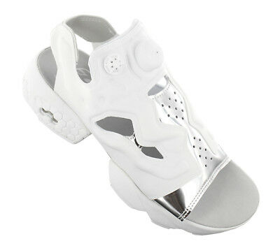 9d195d5a8dd7 NEW Reebok Instapump Fury Sandal Mag BD3186 Women  s Shoes Trainers  Sneakers SAL