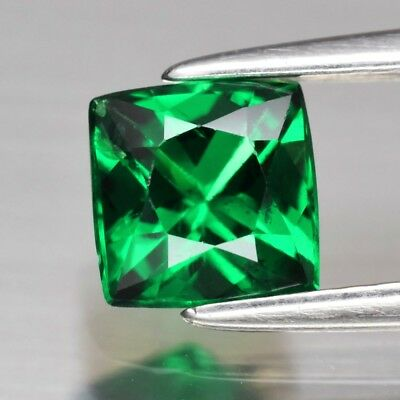 CERTIFICATE Inc.*1.00ct 5.5mm Square Natural Green Tsavorite Garnet, Tanzania