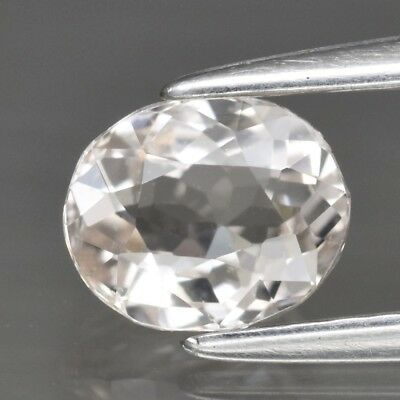 VS 0.68ct 6x5mm Oval Natural Unheated Light Peach Morganite