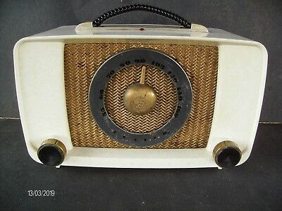 Zenith G 615-W Table Radio In White Cabinet From 1950 For Parts Or Restore