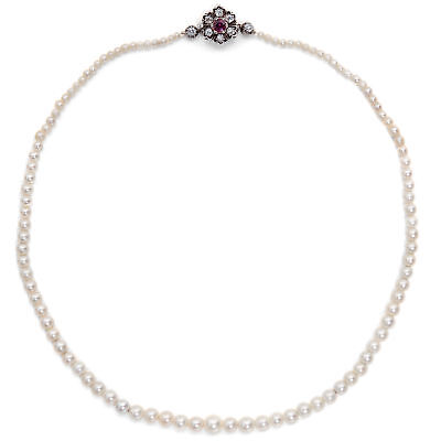 Antique Natural Beads Chain with Diamond & Ruby Clasp, um 1915 / Pearls Collier