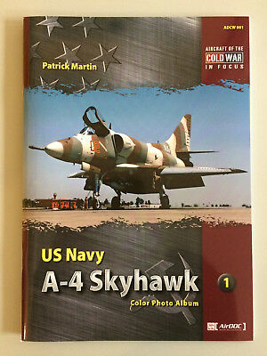 Modellbau-Magazin Magazine  - US NAVY A-4 Skyhawk - Color Foto Album english NEU