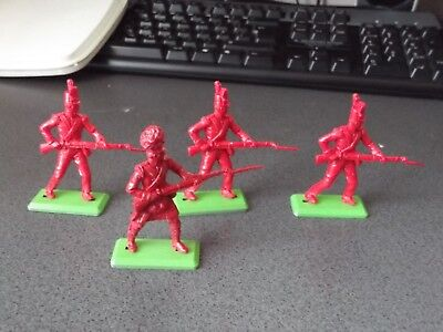 Vintage BRITAINS Deetail British Napoleonic Waterloo Soldiers x 4 Unpainted 1/32