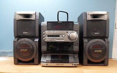 Sony HCD-LX5 Compact Disc Deck Receiver with SS-LX5 Speakers & Remote Control