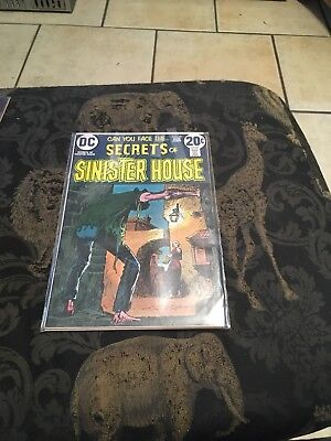 Secrets Of Sinister House#10 Vg