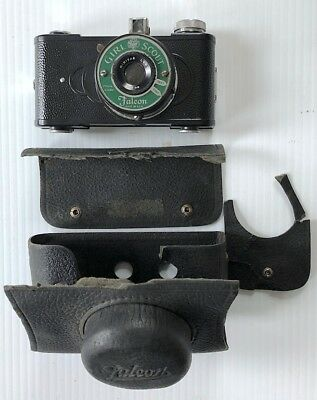 """Vintage 1940's """"Falcon"""" Girl Scout Camera 50mm Lens Leather Case 127 Film Reels"""
