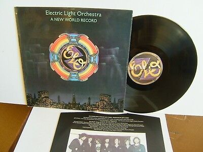 Electric Light Orchestra - A New World Record JETLP 200 UK LP ELO  Livin' Thing