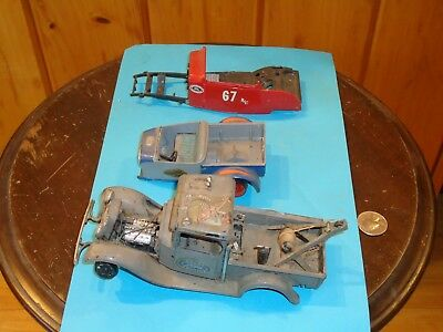 Plastic Model Junkyard-1934 Ford Wrecker,Roadster Pickup Body, 1932 Ford Coupe