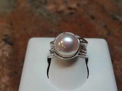 Sterling Silver Ring set with White 10-10.5mm Pearl