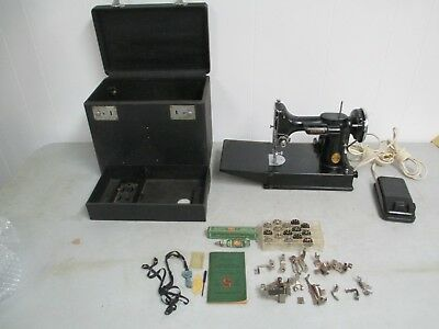Vintage 1946 Singer 221 Featherweight Sewing Machine With Case and Extras!!!
