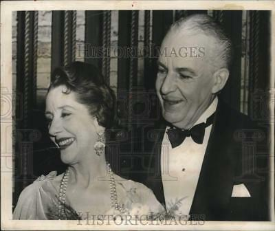 1967 Press Photo American stage director Alfred Lunt with her wife Lynn Fontanne