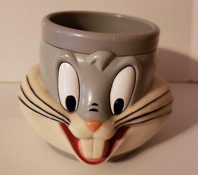 Warner Brothers - Bugs Bunny - Plastic Coffee Mug / Cup - 1992   - 4 In X 3.5 Dm