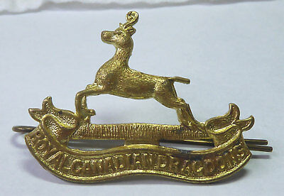 Vintage WWII ? Royal Canadian Dragoons Cap Badge Complete