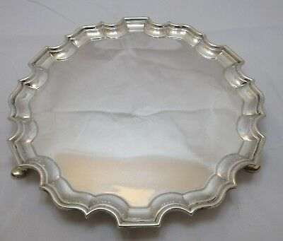 Good Antique George V sterling silver salver, 1923, 608 grams, 10.25 inches
