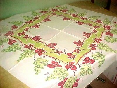 Vintage Cotton Tablecloth Bunches Of Grapes Print