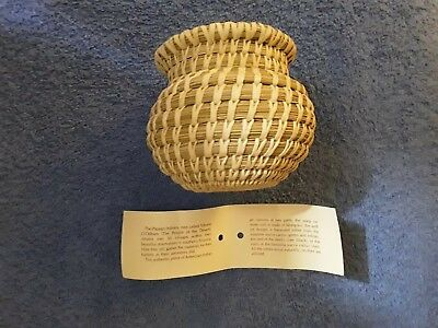 Handmade Basket Native American Papago Indians of Arizona 4 Inches Tall