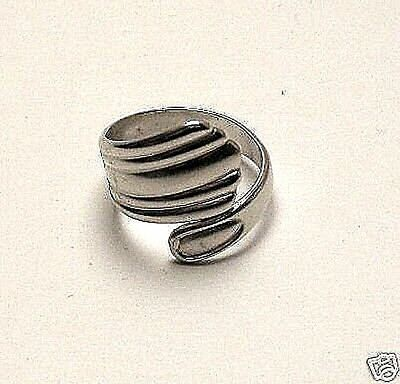 VINTAGE 70's SPOON RING SILVER PLATED ADJUSTABLE LADIES JEWELRY NOS