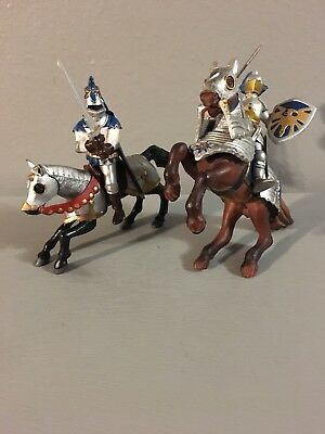 Lot Of 4 PAPO Roman Legionary Soldier Rare Retired Rome 2 Soldiers & 2 Horses