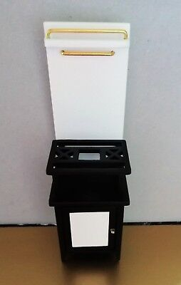 1:12th Dolls House 1940s Vintage Style Gas Cooker With Opening Oven Door