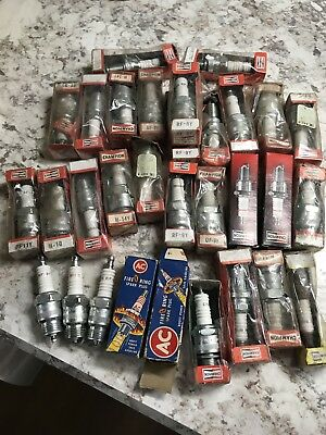 Lot of (31) Vintage Auto Car Spark Plugs AC Fire O Ring Champion MIXED LOT