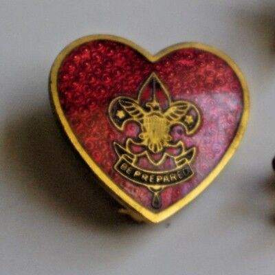 Vintage Boy Scout Life Rank Pin Cloisonne Heart W/ Lock Closure BSA Be Prepared