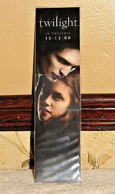 SUPER RARE TWILIGHT SAGA EDWARD and BELLA PROMO BOOKMARK with WRONG RELEASE DATE