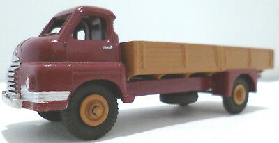 Dinky Toys 522 Big Bedford Maroon Cab Fawn Body & Wheels Repaint Unboxed Diecast