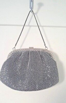 VINTAGE SILVER METAL CHAIN MAIL EVENING BAG CIRCA 1970s ART DECO STYLE
