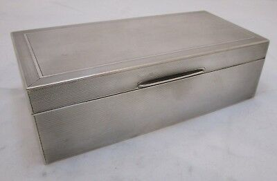 Good Antique George V sterling silver cigar box, solid top, 706 grams, Mappin