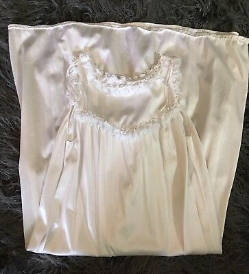 Womens Size Small Long Vintage Nightgown Lingerie *