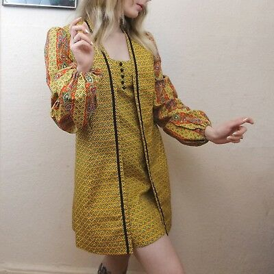 Vintage 1960s/1970s Psychedelic 'Young Innocent' 2 Piece Mini Dress and Waist...