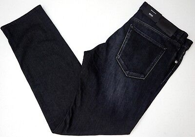 HUGO BOSS JEANS MENS MAINE 3 50374742 REGULAR FIT CHARCOAL COLOR SIZE 32X30 NWT