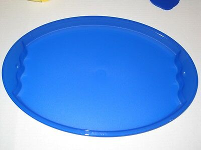 """TUPPERWARE ~ 11.5"""" x 17.5"""" OVAL SERVING TRAY / PLATTER ~ BLUE (pre owned)"""