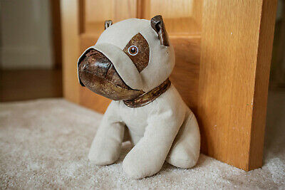 NEW Large Heavy Fabric Pug Dog Puppy Novelty Door Stop Stopper Animal Cuddly Toy