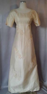 Vintage MILGRIM 1960s CREAM SILK w/LACE APPLIQUES BRIDAL WEDDING GOWN
