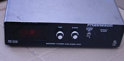 Matheson 8520 electronic cylinder scale digital controller