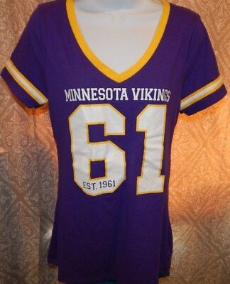 434acbe73 MINNESOTA VIKINGS Purple Cotton Blend SS V-Neck Tee   T-Shirt Women s Medium