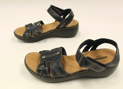 388d77cfe0f Collection by Clarks Women s Delana Nila Wedge Sandal TW4 Navy Leather US 8M