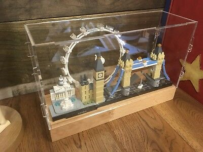Deluxe Hardwood /& Clear Acrylic Display Case for LEGO Stranger Things House
