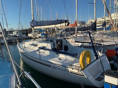 MG Spring 25 Sailing Boat Sailing Yacht with diesel inboard