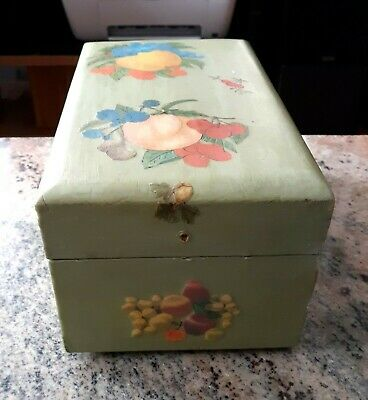 Vintage Handmade Hand Painted Green Wooden Recipe Card Box w/Hinged Lid