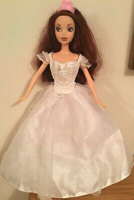 Lovely Auburn Haired Brown Eyed My Scene Doll In Wedding Dress & Silver Shoes