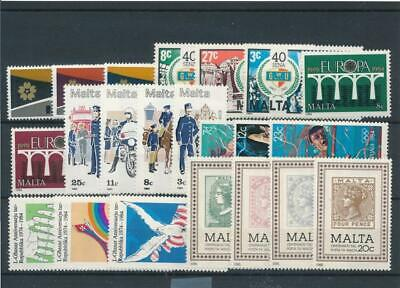 [15562] Malta : Good Lot of Very Fine MNH Stamps