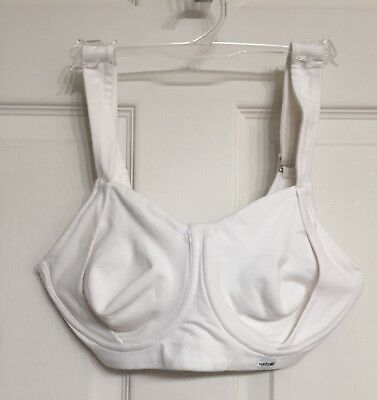 ee0784f9787d2 NWOT NATORI 7234439 Underwire high impact Convertible Sports Bra ...