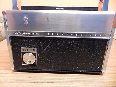 ZENITH All TRANSISTOR Trans-Oceanic SHORT WAVE Portable Radio Vintage