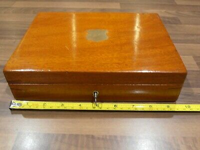 Antique Mahogany Lined Collectors box with lift out tray lock & key circa 1920